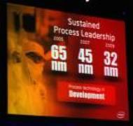 Intel chip a 32 nanometri