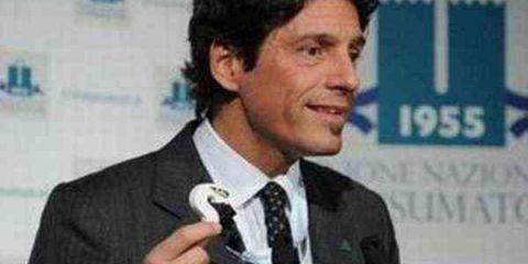 #Cosedanoncredere: 'offerte imperdibili', l'UNC denuncia Alitalia per pubblicità ingannevole