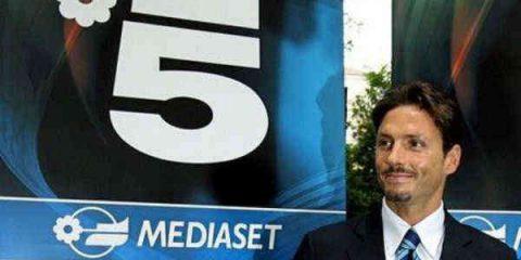 Mediaset conti in rosso nel primo semestre. Incontro con Vivendi per la pay tv
