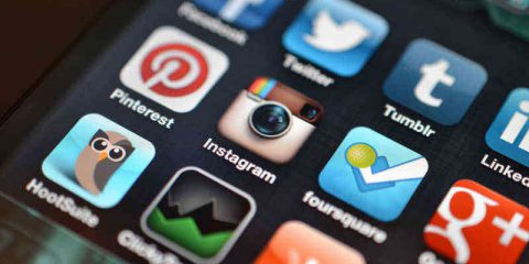 Agcom: Internet mobile in aumento del 42,9% in un anno