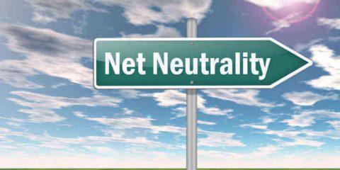 Net neutrality: a che punto siamo? Nella Ue attese le mosse di Oettinger, negli Usa è guerra tra telco e FCC