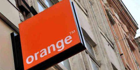 Orange, servizi tv in lieve crescita ma nessun accordo con Netflix