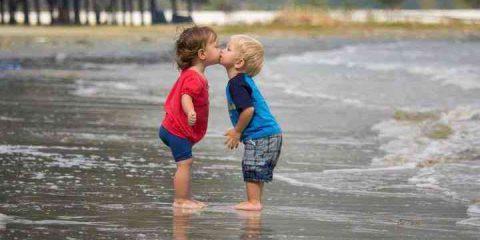 #Storie. Capitolo III: cosa c'è di meglio di un bacio a Ferragosto?