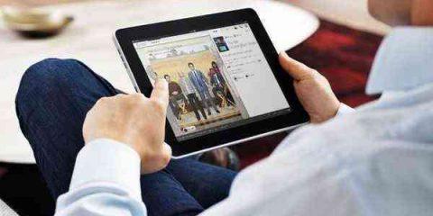 Tv online: pc ancora in testa ma avanzano tablet e smartphone