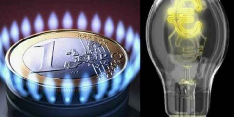 Luce e gas: da ottobre aumenti del +3,4% e 2,4%