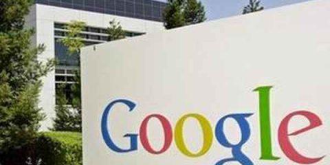 Parlamento Ue a muso duro contro Google: la maggioranza vota per la scissione