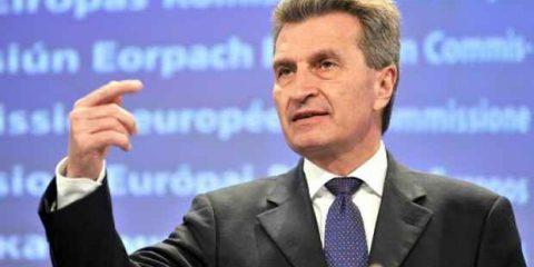Tlc, la svolta di Oettinger: 'La Ue garantisca ricavi equi alle telco e apra al consolidamento'