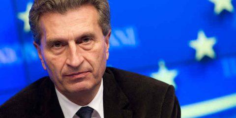 Diritto d'autore, percorso a ostacoli per Günther Oettinger. Riforma Ue nel 2015
