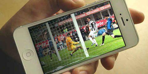 Sky e Telecom rafforzano l'alleanza, anche la Champions League sbarca su TimVision