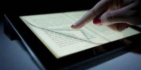 eBook, mercato in crescita del 40%. Rivoluzione digitale tra lettori e librai