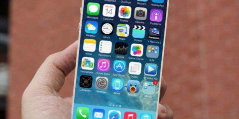 Meglio tardi che mai: Apple lancia il suo phablet