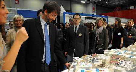 Mibac: Dario Franceschini, 'Tornate a leggere nelle scuole'