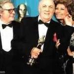 Sophia Loren con Federico Fellini e Marcello Mastroianni