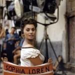 Sophia Loren sbarazzina