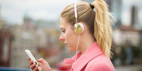 dcx. Dal walkman allo smartphone: ascoltiamo di più, ma non meglio