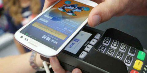 Stretta sui pagamenti elettronici: chiesti sgravi per il POS contactless