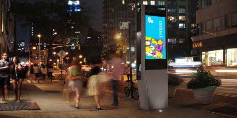 Wi-Fi per tutti a New York. In arrivo 10 mila totem per chiamare e navigare gratis
