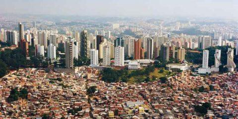 Favelas urbane, il mobile al servizio di 800 milioni di emarginati