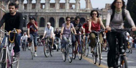 Smart mobility, marcia indietro di Roma sul Grab