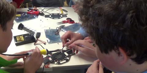 Making Drones. Formare con i droni: primo corso a Roma