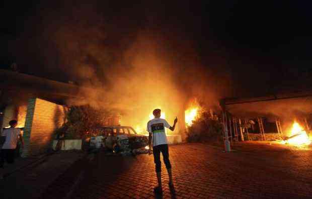 Consolato Italiano a Bengasi in Fiamme
