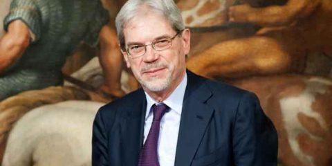 MiSE: 'Più incentivi per la riqualificazione energetica'. Intervista al Viceministro Claudio De Vincenti