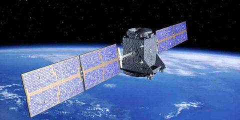 Galileo negli smartphone per chiamate al 112, nuovo obbligo nella Ue