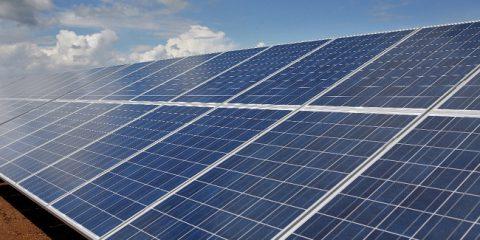 Efficienza energetica: celle solari sui tetti delle scuole di Patti (ME)