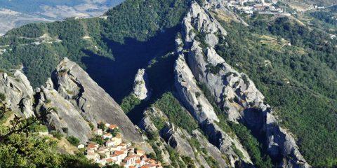 Biomasse: quasi pronta in Basilicata la centrale per elettricità e biometano