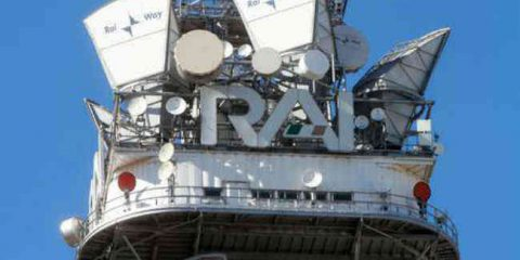 RaiWay-EI Towers, tornano le voci di fusione. Inwit si sfila dal gioco delle torri