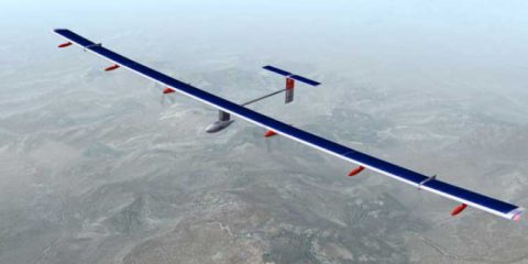 Solar Impulse 2: maltempo e batterie scariche impediscono il decollo da Nanchino, in Cina