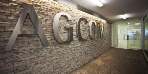 Roaming zero, Agcom replica a Massimiliano Dona (UNC)