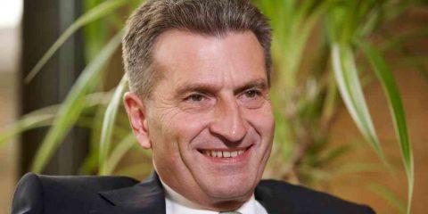 Oettinger: 'Banda larga a prova di futuro, questo l'obiettivo della UE'