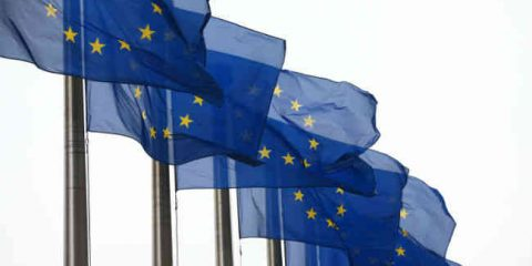 Web e tasse, la Ue passa ai fatti: ok al primo piano antievasione