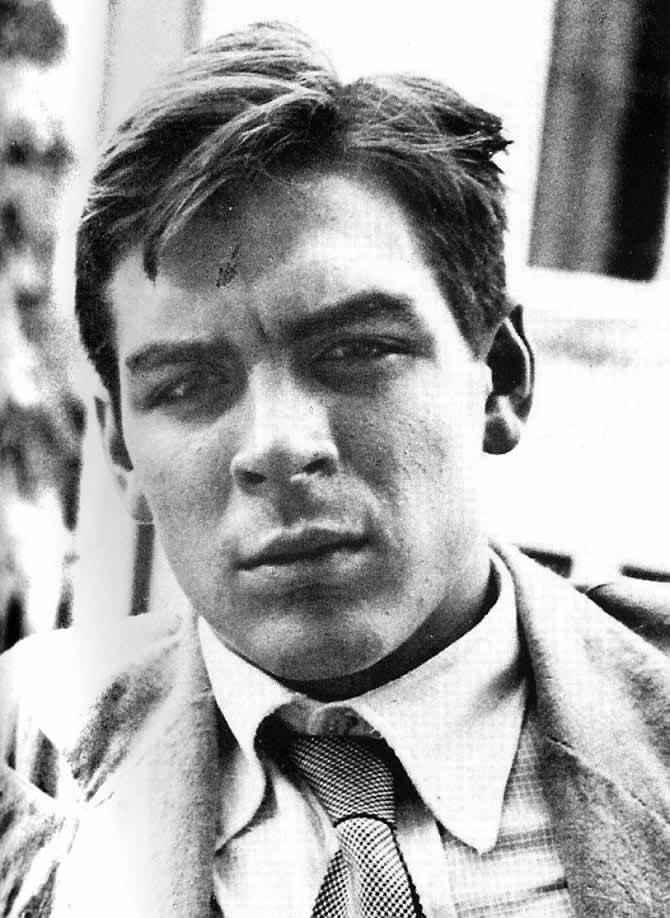 """Ernesto """"Che"""" Guevara nel 1951 a 22 anni"""