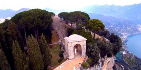 Video Droni. Immagini mozzafiato: Amalfi e la costiera amalfitana come non l'avete mai vista