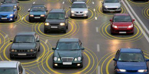 Connected cars e internet delle cose nel Regno Unito, mercato da 55 miliardi di sterline nel 2030