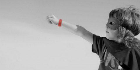 Amyco, è italiano il braccialetto hi-tech che ti salva la vita