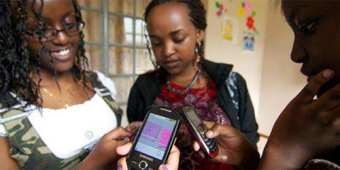SosTech. Il divario di genere nella telefonia mobile (Prima Parte)