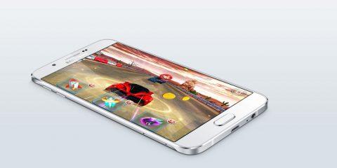 Cosa Compro. Samsung Galaxy A8, nuovo smartphone super sottile ed elegante