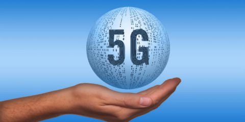 Asta 5G, a Tim e Vodafone la banda 700 (dopo il blocco a Iliad). Guerra di rilanci sui 3700 Mhz