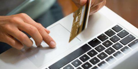 Shopping online. Pugno di ferro della Commissione Ue a tutela dei consumatori
