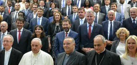 Cambiamento climatico: in Vaticano firmato il patto tra sindaci per le città sostenibili