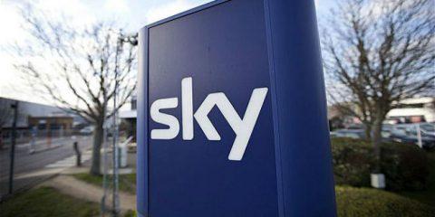 Sky investe 4 milioni per la streaming tv Molotov. Un passo verso la Francia?