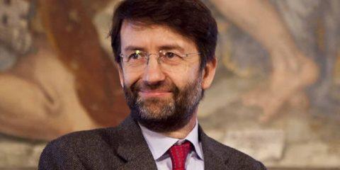 eBook, l'Italia abbatte l'Iva ora la palla passa alla Ue