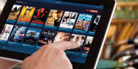 Sky-Open Fiber, cosa si sa della trattativa per trasmettere la pay tv (anche) con la fibra