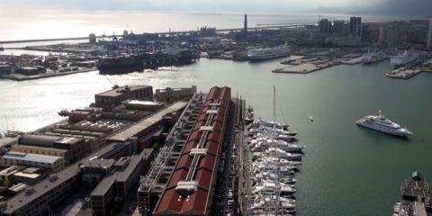 """Dalla Repubblica Marinara al pesto, Genova """"la Superba"""" vista dal drone"""