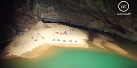Video Droni. Hang Son Doong: lo straordinario mondo delle caverne vietnamite viste dal drone
