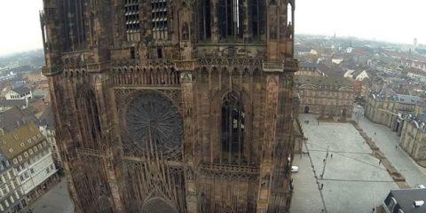 Video Droni. La Cattedrale di Notre Dame vista dal drone