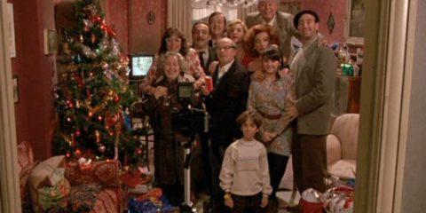 Natale in famiglia per l'83% degli Italiani, sui social la foto del pranzo